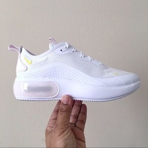 Nike Air Max Dia Special Edition Women Size 9.5